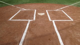 打たせて取る投球の特徴とメリットは?奪三振タイプとの違いも